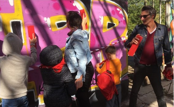 GRAFFITI COURROUZE PLAYGROUNDok